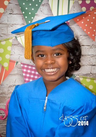 AMH Photography, LLC | Kylie Cap N Gown